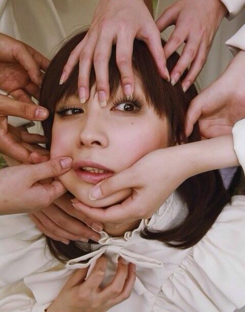 AVデビューの仲村みう(26)ヌードエロ画像113枚・99枚目の画像