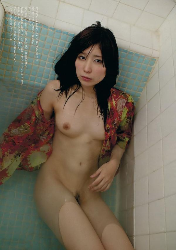 AVデビューの仲村みう(26)ヌードエロ画像113枚・105枚目の画像