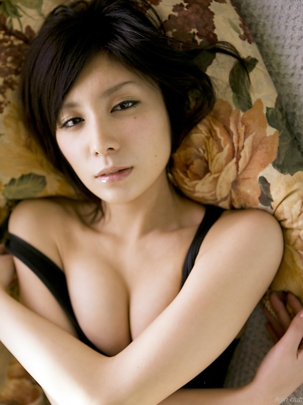 AVデビューの仲村みう(26)ヌードエロ画像113枚・112枚目の画像