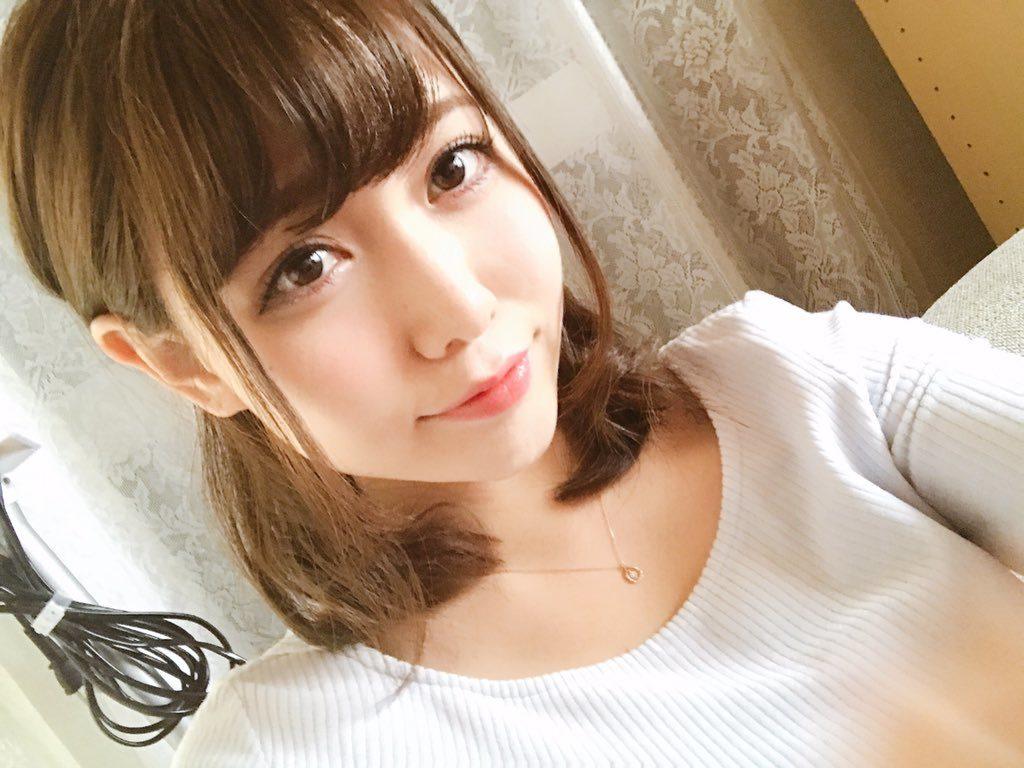 桜井えりな(23)のGカップ癒し系ボディのグラビアエロ画像30枚・21枚目の画像