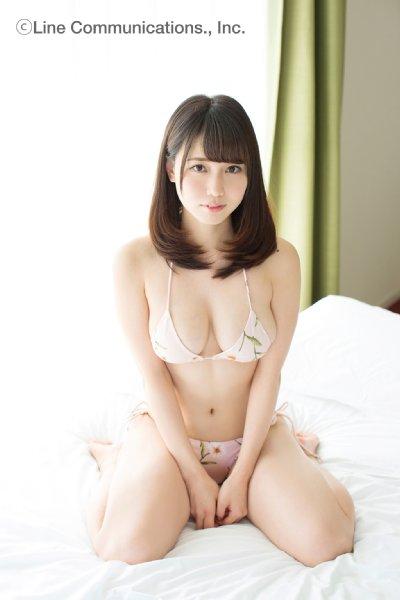 桜井えりな(23)のGカップ癒し系ボディのグラビアエロ画像30枚・36枚目の画像