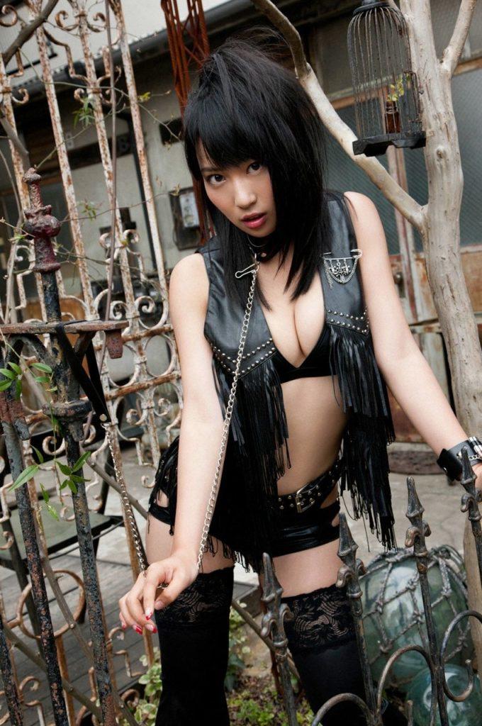 元AKB48増田有華(26)手ブラヌード最新グラビアエロ画像46枚・13枚目の画像