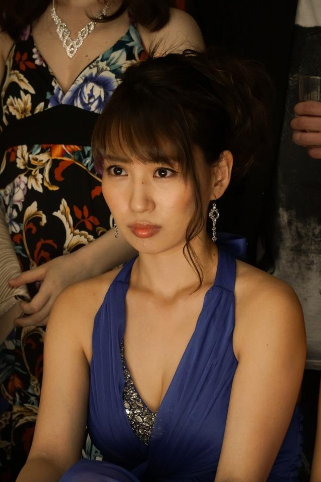 元AKB48増田有華(26)手ブラヌード最新グラビアエロ画像46枚・49枚目の画像