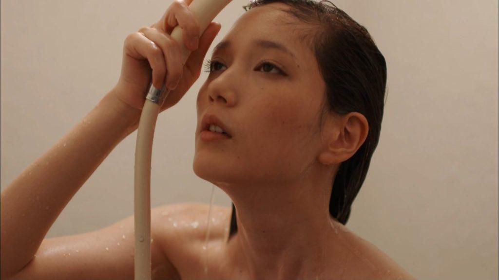 本田翼(24)SEXしまくりアイコラヌード&濡れ場エロ画像51枚・27枚目の画像
