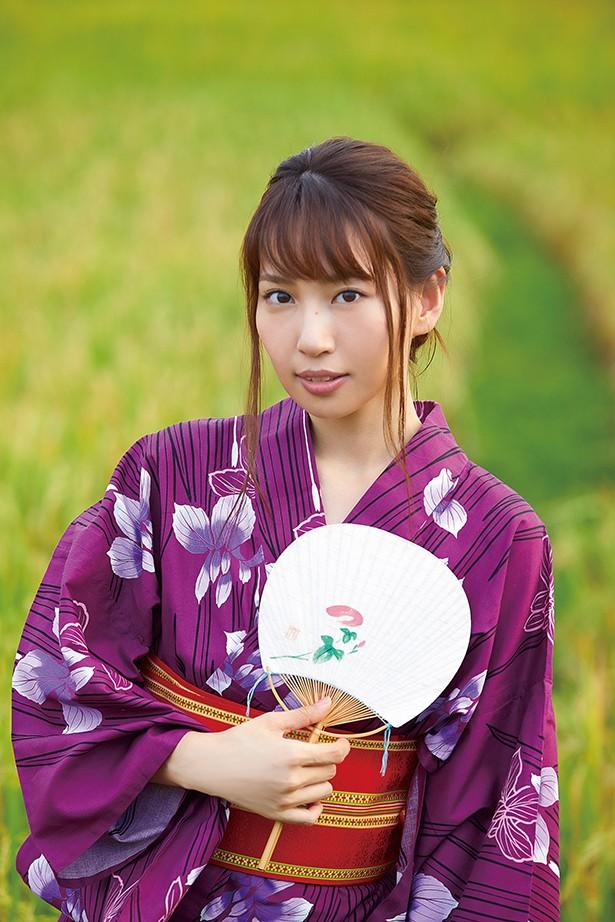 元AKB48増田有華(26)手ブラヌード最新グラビアエロ画像46枚・9枚目の画像