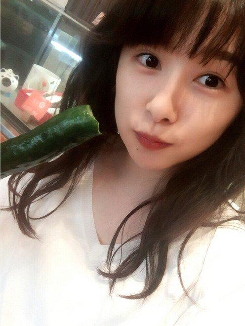 桜井日奈子(20)ピチピチ美肌の最新グラビアエロ画像24枚・19枚目の画像