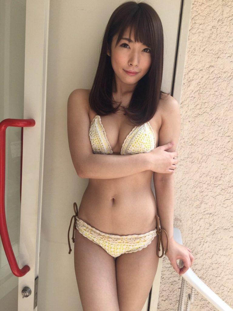 上岡楓(19)Fカップグラドルのエロ画像30枚・22枚目の画像
