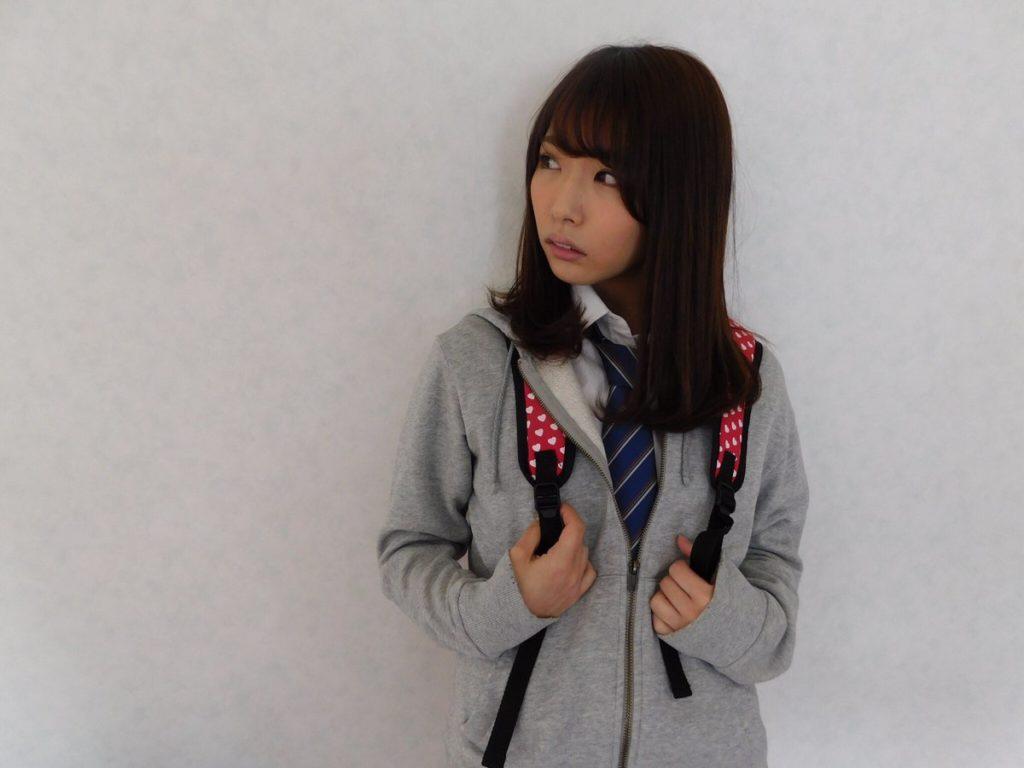 上岡楓(19)Fカップグラドルのエロ画像30枚・35枚目の画像