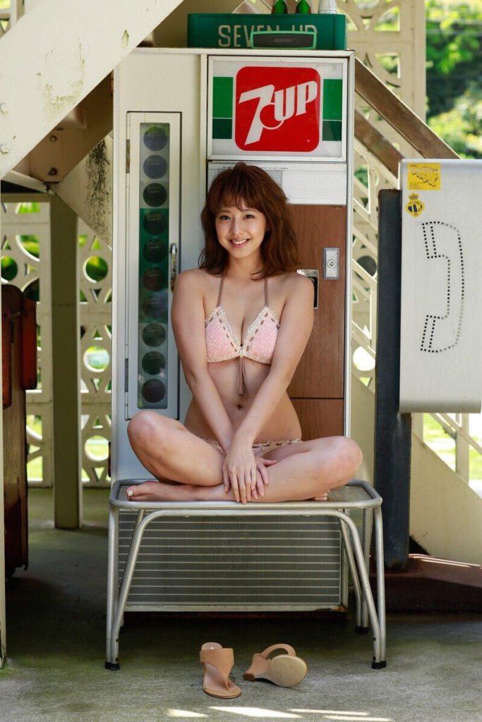 本郷杏奈(25)恥ずかしがりグラドルのグラビアエロ画像30枚・37枚目の画像