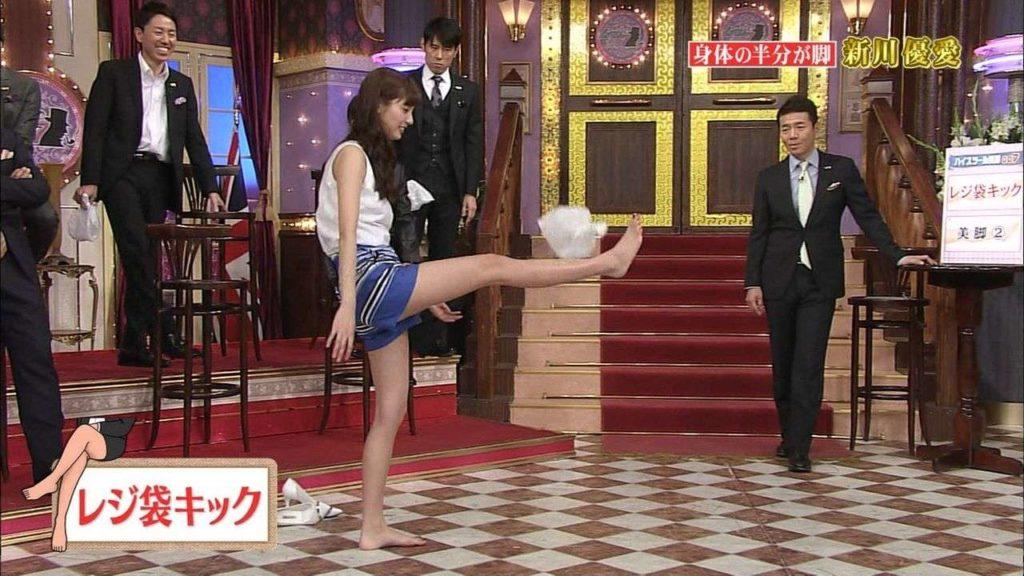 新川優愛 エロ画像90枚!清楚お姉さんの水着姿や濡れ場が抜ける!・47枚目の画像