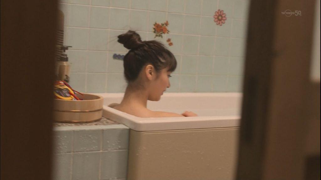 新川優愛 エロ画像90枚!清楚お姉さんの水着姿や濡れ場が抜ける!・84枚目の画像