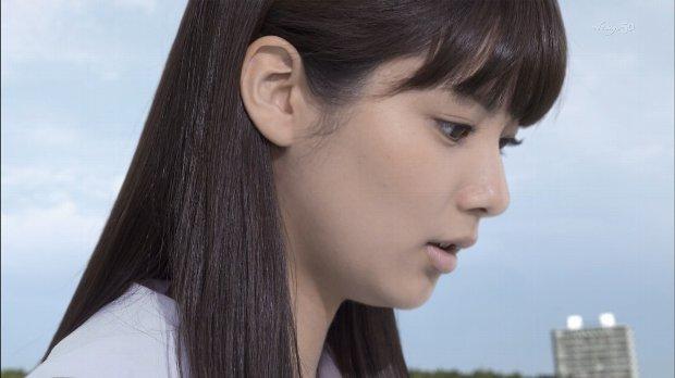 新川優愛 エロ画像90枚!清楚お姉さんの水着姿や濡れ場が抜ける!・89枚目の画像