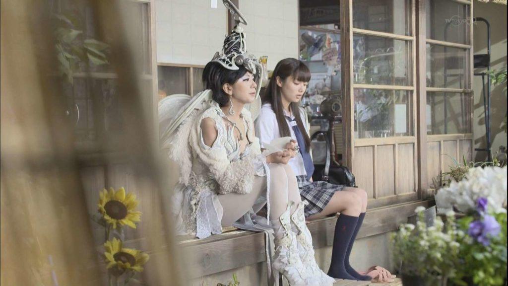 新川優愛 エロ画像90枚!清楚お姉さんの水着姿や濡れ場が抜ける!・96枚目の画像