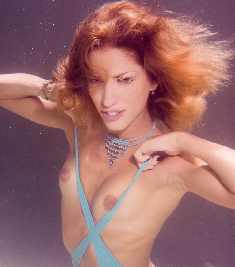 芸術的!水中ヌードのエロ画像30枚・6枚目の画像