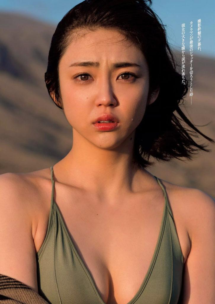 女優・山谷花純(20)のスレンダー水着グラビアエロ画像40枚・8枚目の画像