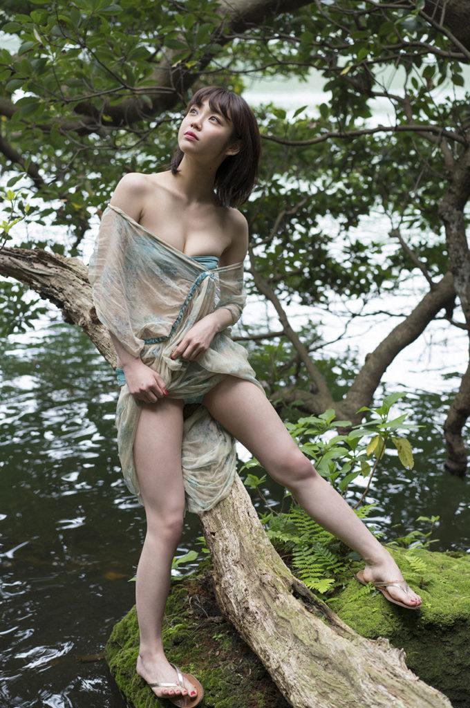 女優・山谷花純(20)のスレンダー水着グラビアエロ画像40枚・11枚目の画像