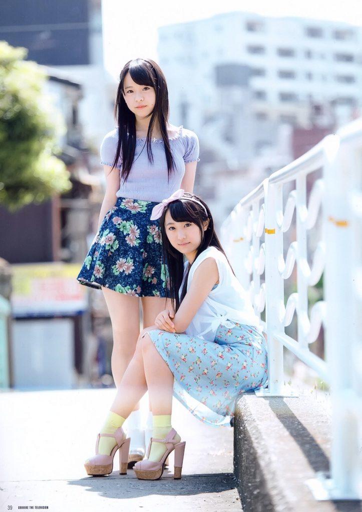 AKB48・倉野尾成美(16)のセーラー服グラビアエロ画像25枚・12枚目の画像