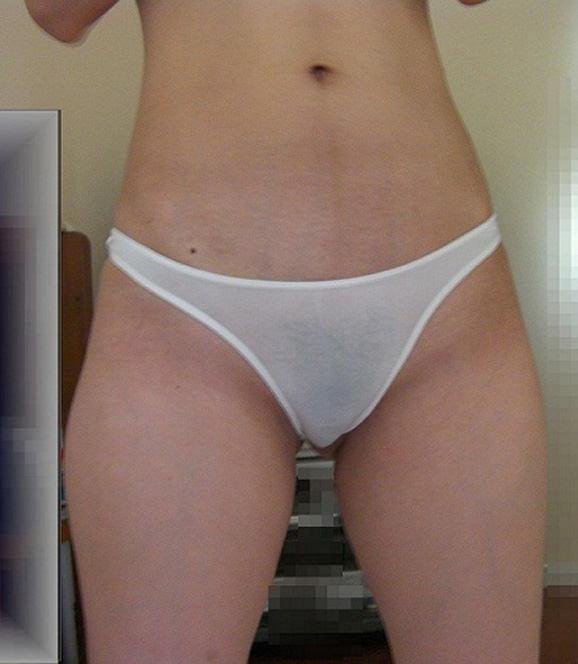 熟女限定!白下着姿のリベンジポルノエロ画像21枚・13枚目の画像