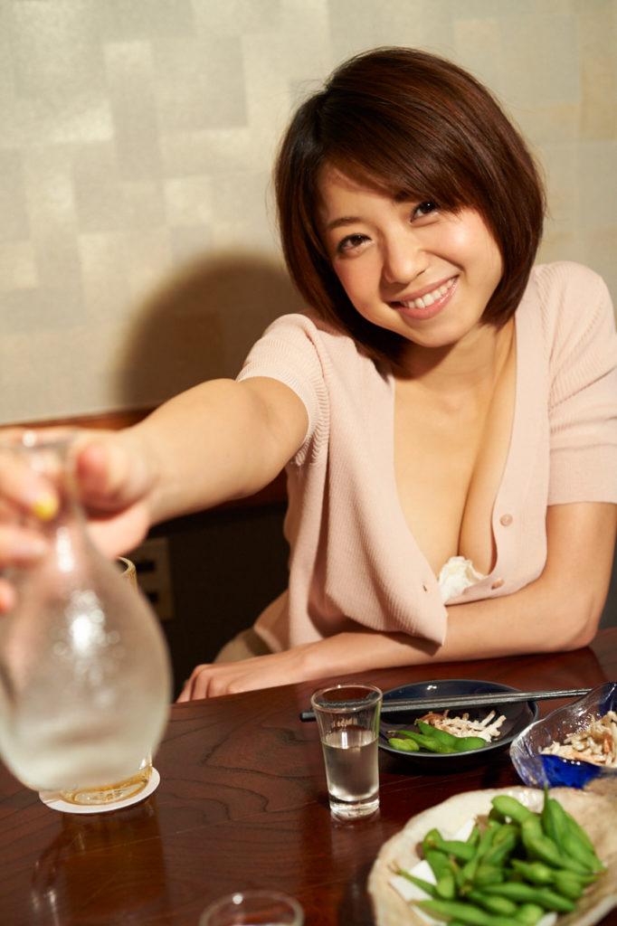 中村静香(29)のFカップグラビア等!抜けるエロ画像110枚・15枚目の画像