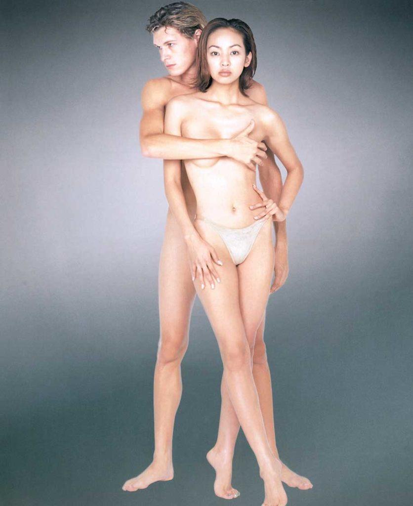 神田うの(42)のセミヌードエロ画像45枚・17枚目の画像