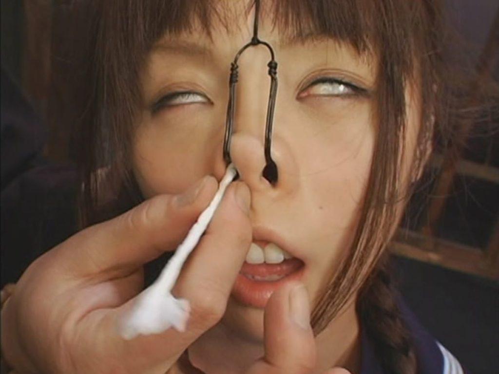 鼻フックという一番屈辱的なSMプレイのエロ画像30枚・18枚目の画像