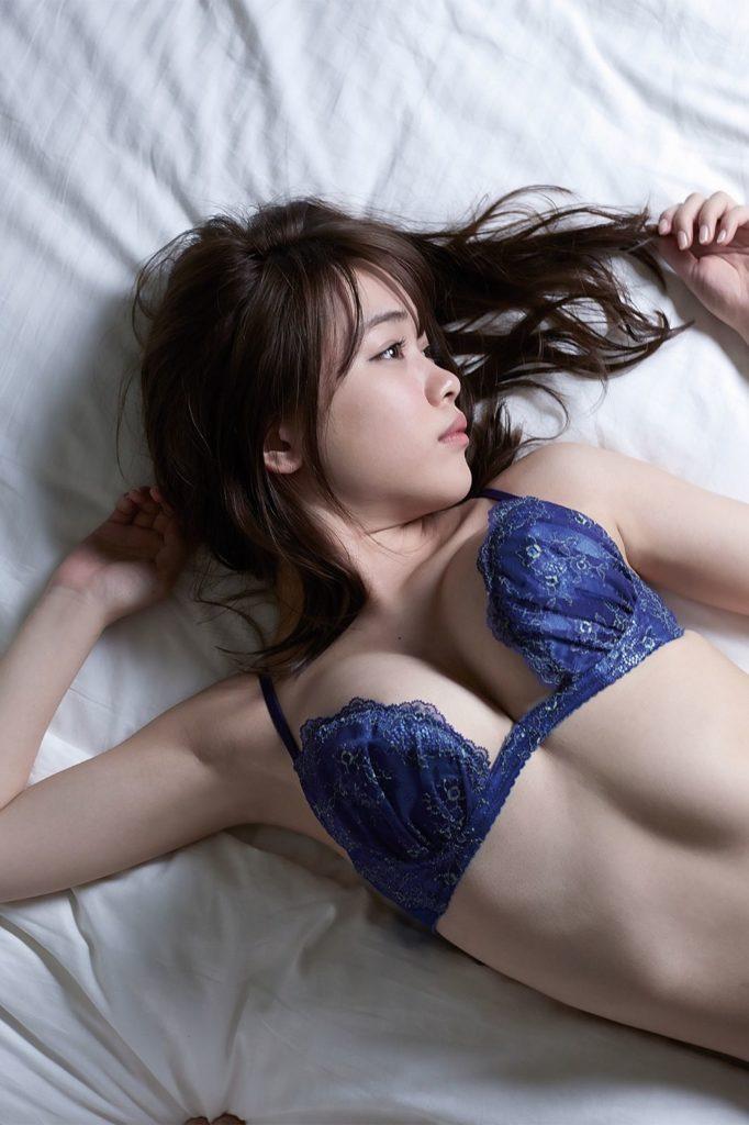 元HKT48・菅本裕子(22)のFカップが抜けるグラビアエロ画像30枚・21枚目の画像