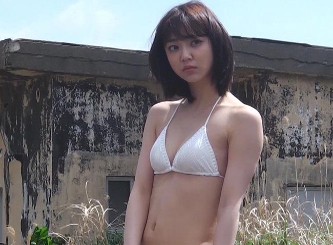女優・山谷花純(20)のスレンダー水着グラビアエロ画像40枚・21枚目の画像