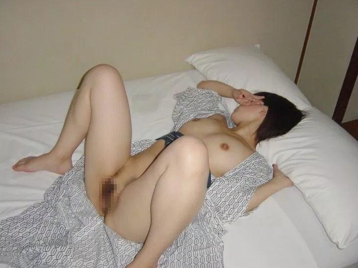開けた浴衣から見えるぐうシコヌードエロ画像35枚・26枚目の画像