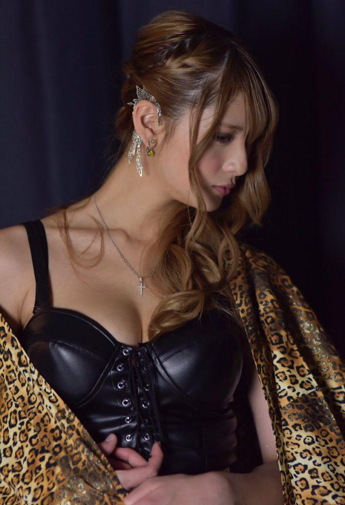 アンジェラ芽衣(20)の最新グラビアエロ画像87枚・92枚目の画像