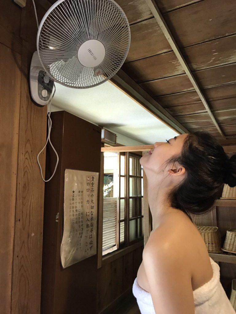 小倉優香の最新グラビアエロ画像30