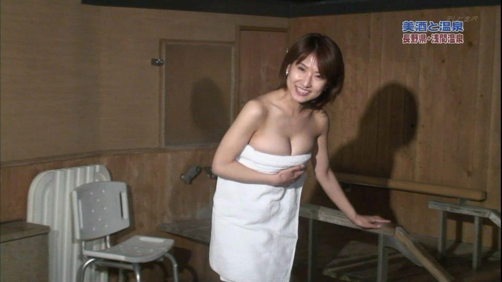 ハプニング不可避のTV入浴シーンのエロ画像35枚・36枚目の画像
