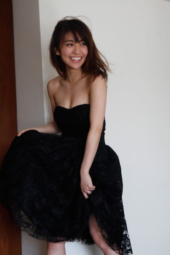チンポ頬張るの大好き大島優子(28)のフェラ顔エロ画像50枚・31枚目の画像