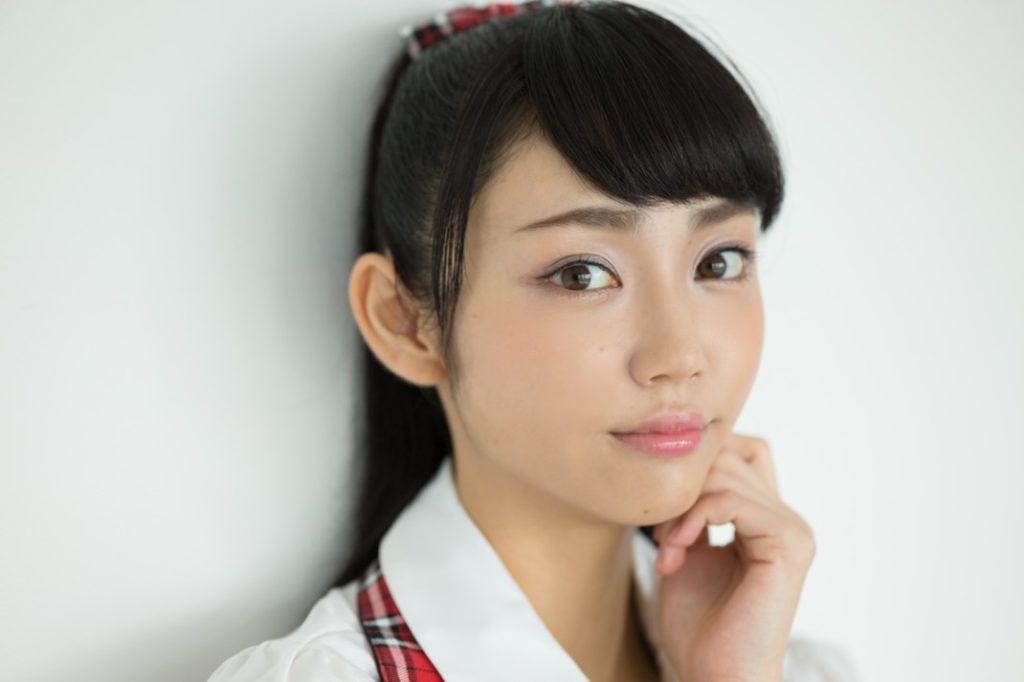 女優・山谷花純(20)のスレンダー水着グラビアエロ画像40枚・32枚目の画像