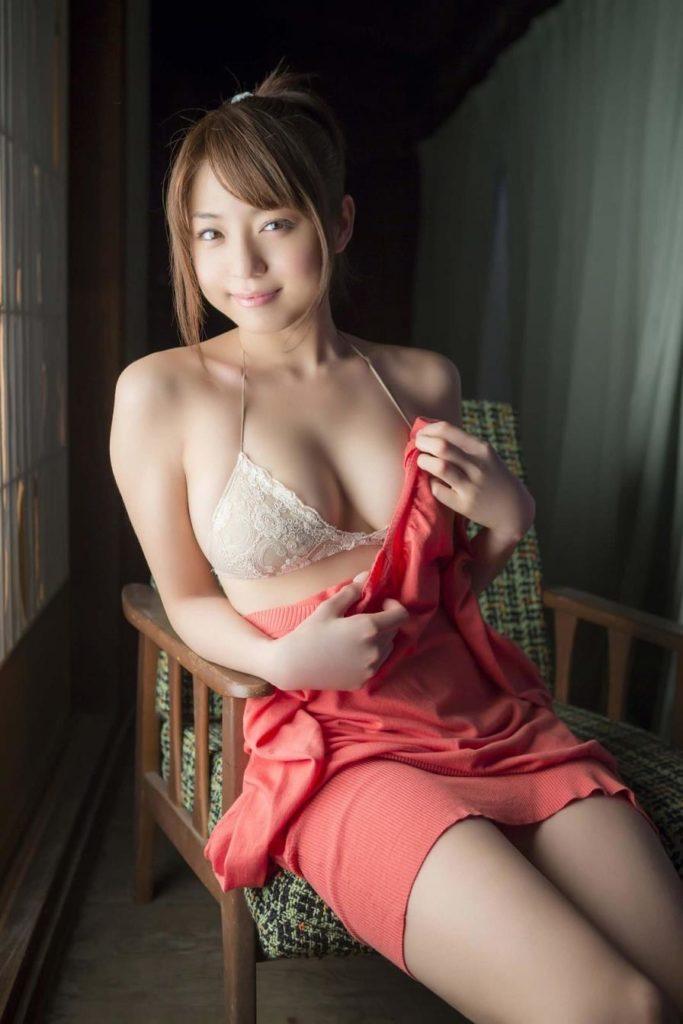 中村静香(29)のFカップグラビア等!抜けるエロ画像110枚・40枚目の画像