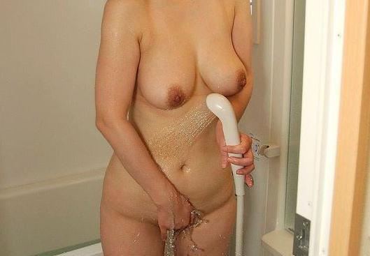 人妻のウワキ後シャワーの生々しいえろ写真28枚