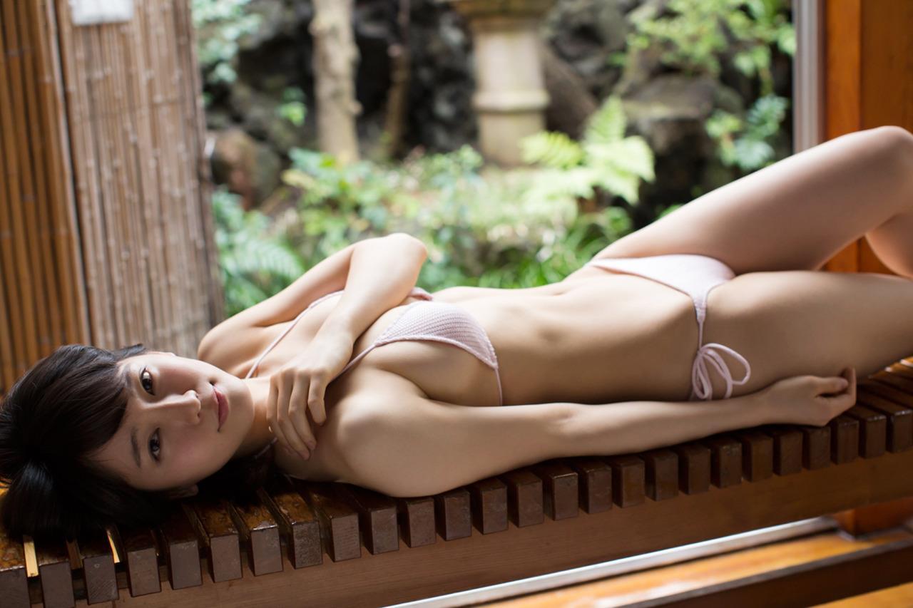 吉岡里帆のドラマ乳首見えハプニング等抜けるエロ画像200枚・166枚目の画像