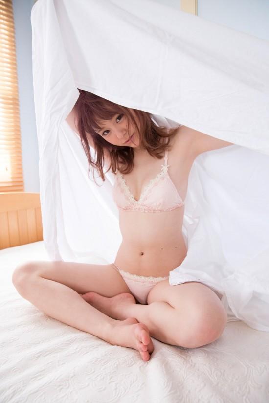 抜けるアイドル!マジパン佐藤麗奈(18)の最新グラビアエロ画像25枚・3枚目の画像