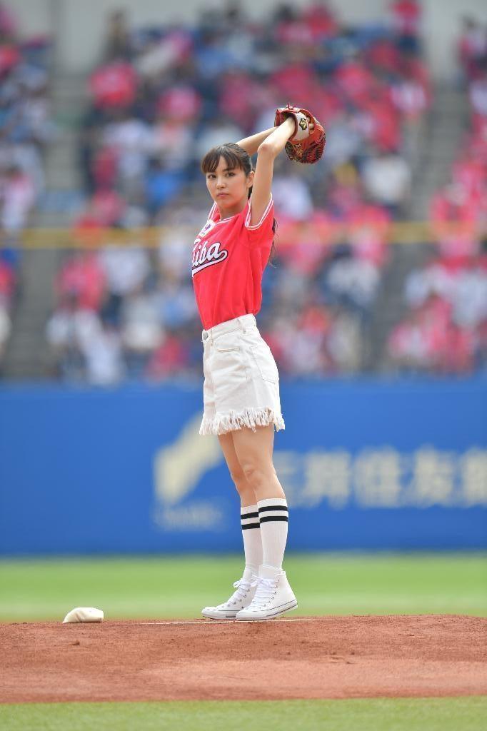 ビリギャル石川恋(23)最新始球式や抜けるエロ画像50枚・4枚目の画像