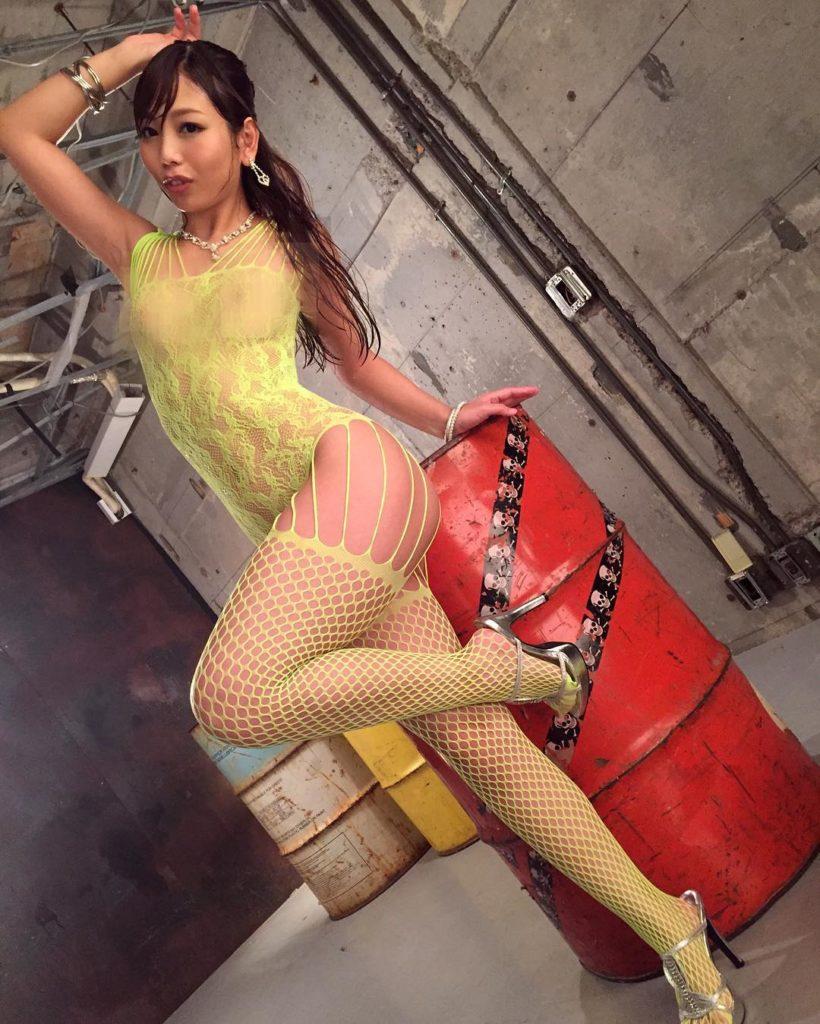 変態女しか履かない全身網タイツのエロ画像33枚・4枚目の画像
