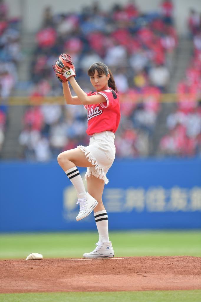 ビリギャル石川恋(23)最新始球式や抜けるエロ画像50枚・5枚目の画像