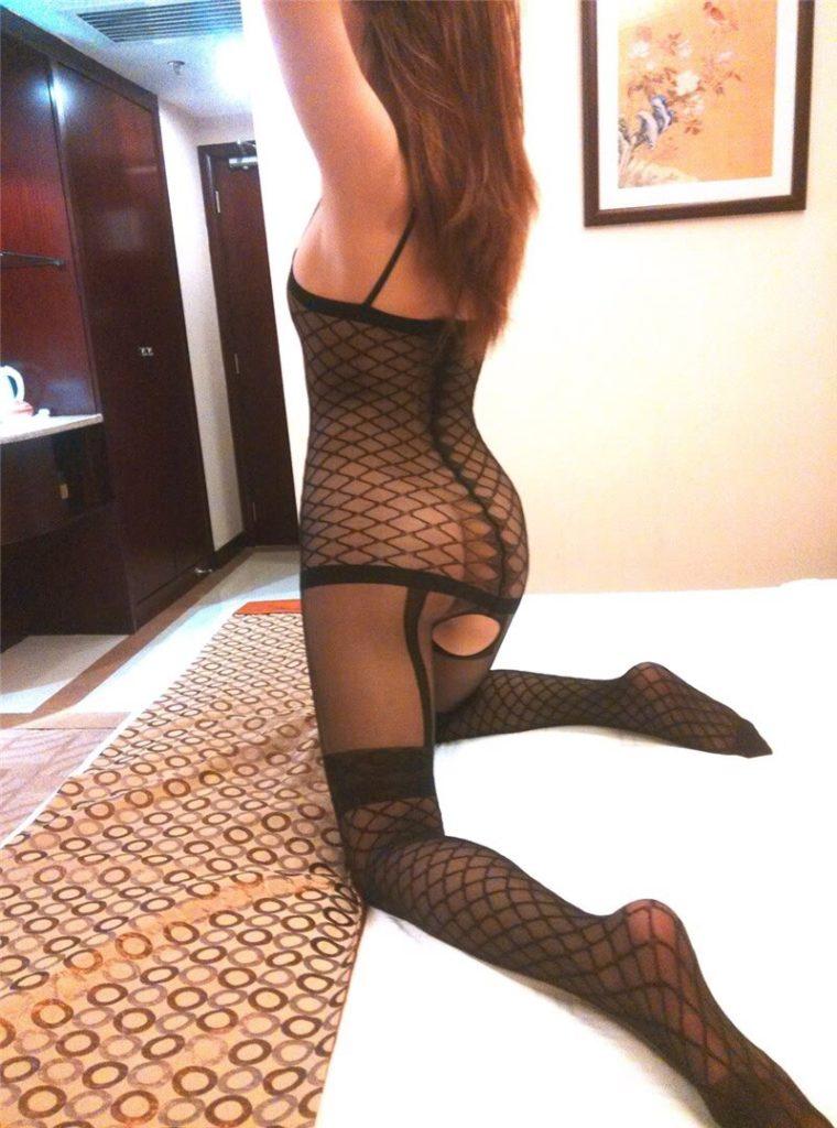 変態女しか履かない全身網タイツのエロ画像33枚・7枚目の画像