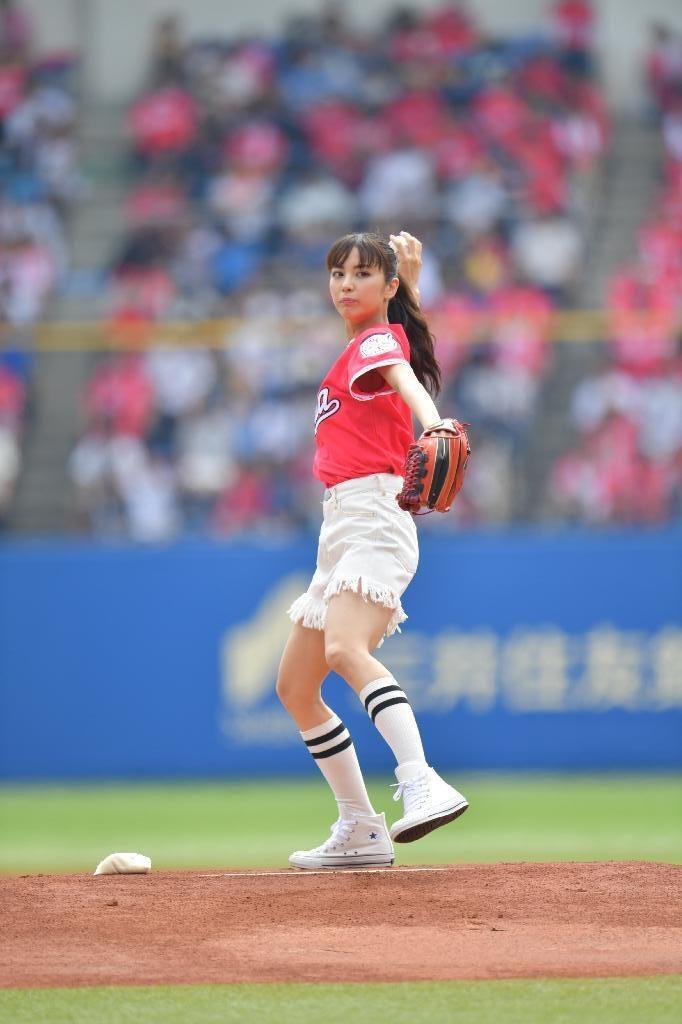 ビリギャル石川恋(23)最新始球式や抜けるエロ画像50枚・8枚目の画像