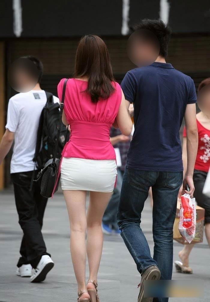韓国素人娘の美脚がたまらん街撮り盗撮エロ画像30枚・9枚目の画像