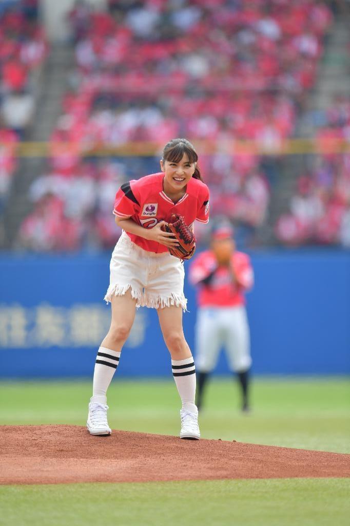 ビリギャル石川恋(23)最新始球式や抜けるエロ画像50枚・13枚目の画像