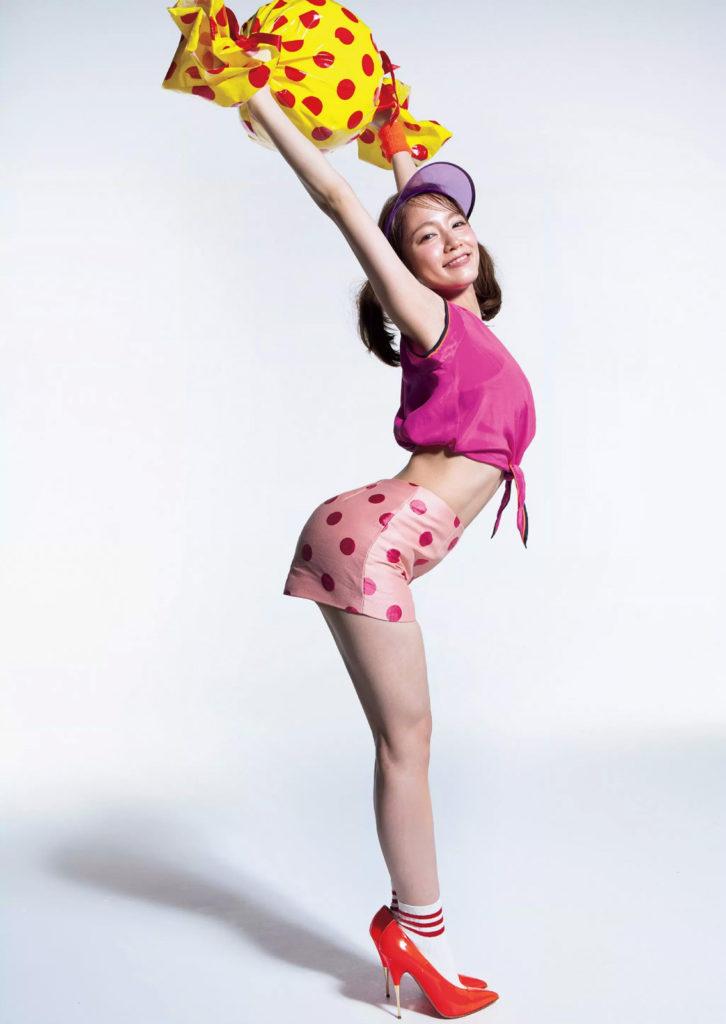 吉岡里帆のドラマ乳首見えハプニング等抜けるエロ画像200枚・136枚目の画像