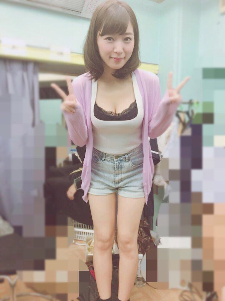 階戸瑠李(28)ヌード間近の透け乳首解禁グラビア画像100枚・90枚目の画像