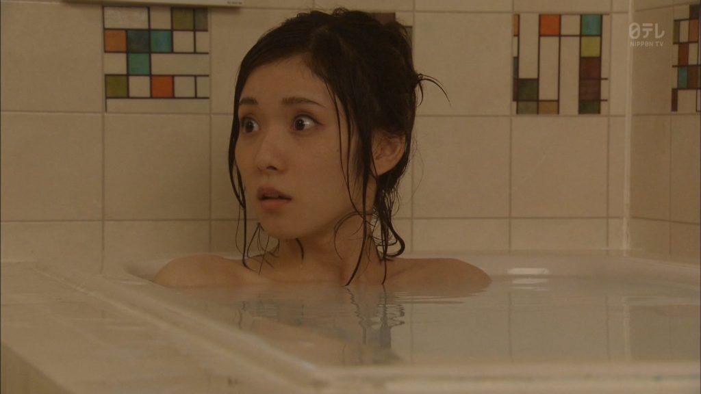 松岡茉優(22)の抜ける入浴エロキャプ画像80枚!水着グラビアが待ち遠しい!・16枚目の画像