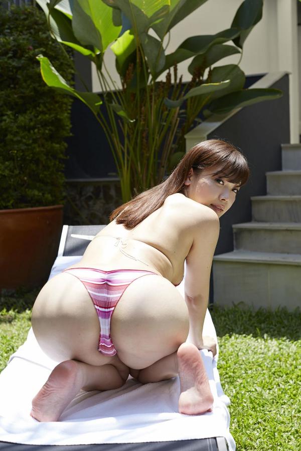 藤田恵名(27)のヌードや下着姿のエロ画像100枚・39枚目の画像