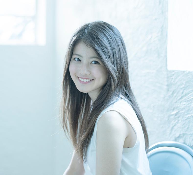 今田美桜(20)の水着グラビア&始球式パンチラエロ画像73枚・25枚目の画像