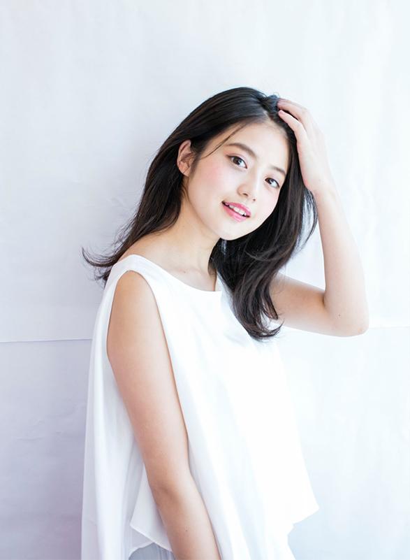 今田美桜(20)の水着グラビア&始球式パンチラエロ画像73枚・26枚目の画像